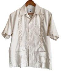 isoha / 花ブロック キューバシャツ / ポケット付き /beige