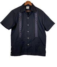 isoha / 花ブロック キューバシャツ / ポケット付き / navy